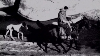 Yupanqui era hombre de a caballo. Su favorito fue El Extraño, un zaino brioso.