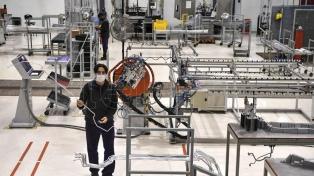 Con rigurosos protocolos de higiene y seguridad, se reactivó la producción de fábricas