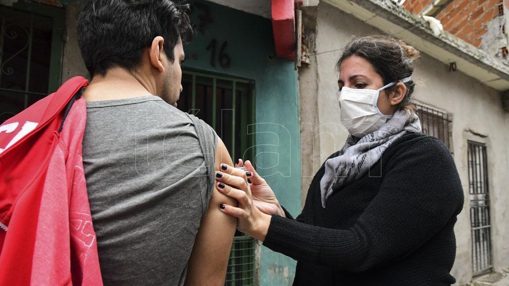En los barrios populares porteños, ayer fueron notificados 95 nuevos casos
