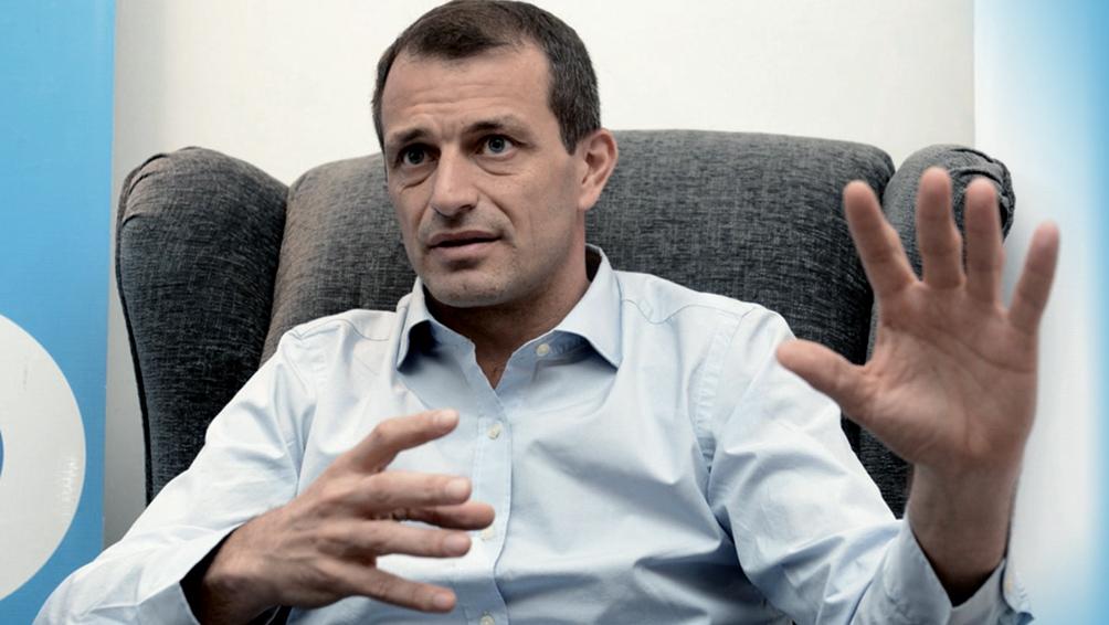 El Presidente recibió al diputado nacional Eduardo Bucca en la quinta de Olivos