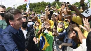 Brasilia ya está repleta de camiones y ómnibus de bolsonaristas