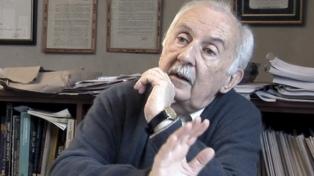 """Norberto Galasso: """"Siento afecto y admiración por la educación pública"""""""