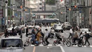 Japón lanza una aplicación de rastreo para frenar los contagios