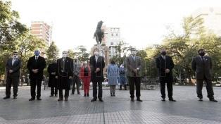 """Morales: """"Vivamos con fervor patriótico el 210 Aniversario de la Revolución de Mayo"""""""