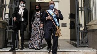 Celebraciones atípicas por el 25 de Mayo en las provincias, con actos sencillos y mensajes virtuales