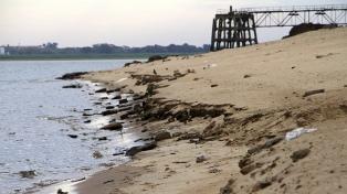 El río Paraná continúa bajando en Entre Ríos y se acerca a un récord histórico