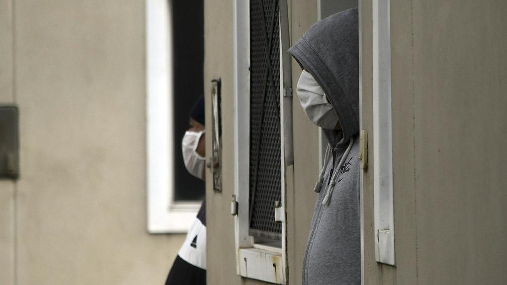 Suben a 92 los casos de coronavirus en Villa Azul y continúa la asistencia casa por casa
