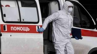 Rusia dice que aprobará pronto una vacuna y lo anuncia como una victoria sobre EE.UU.