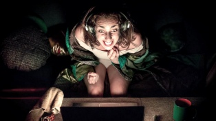 """""""La tortuga"""" inaugura la primera plataforma de teatro en vivo"""