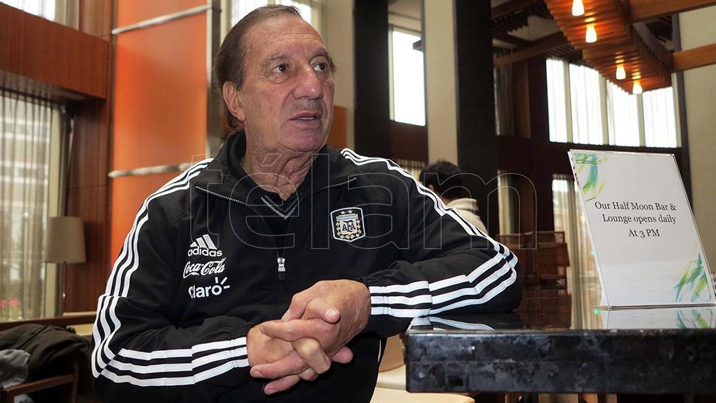 Carlos Bilardo cuando era director de Selecciones Nacionales.