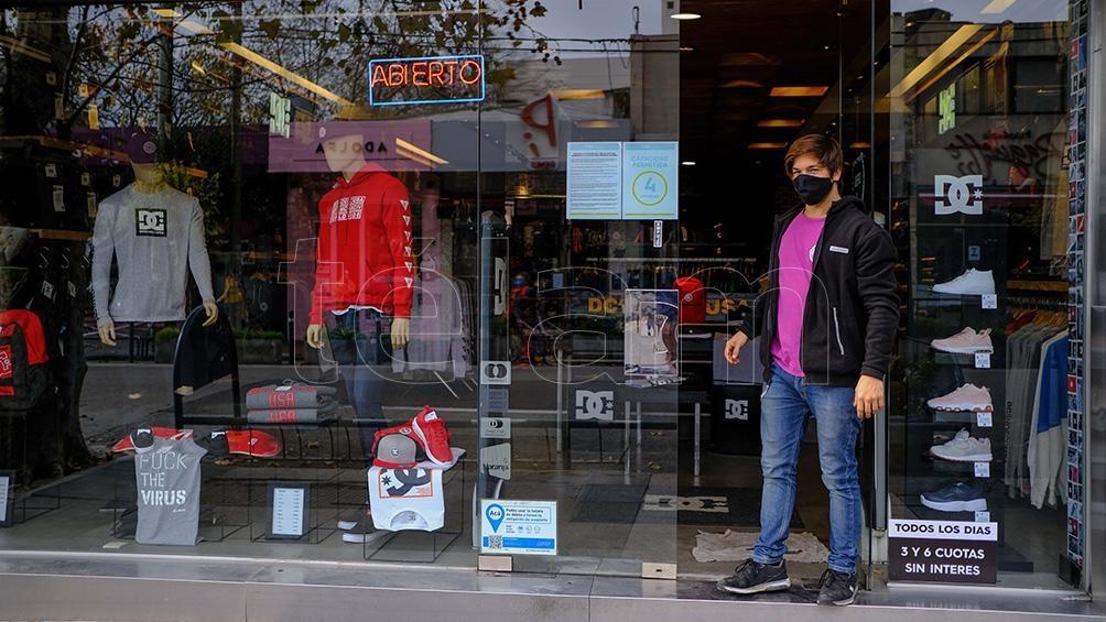 Comerciantes bonaerenses piden la reapertura de los locales - Télam -  Agencia Nacional de Noticias