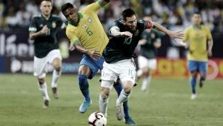 """Belloso: """"FIFA quiere que las eliminatorias empiecen en septiembre y la fecha de marzo pase a 2022"""""""