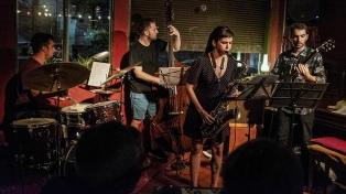 """La """"Efervescencia"""" jazzera del guitarrista y compositor Axel Scheinsohn"""