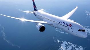 Las acciones de Latam volvieron a operar en fuerte baja y se desplomaron 44,45%