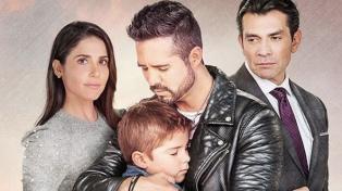 Sin besos y con pocos actores, vuelven las telenovelas en Estados Unidos y México