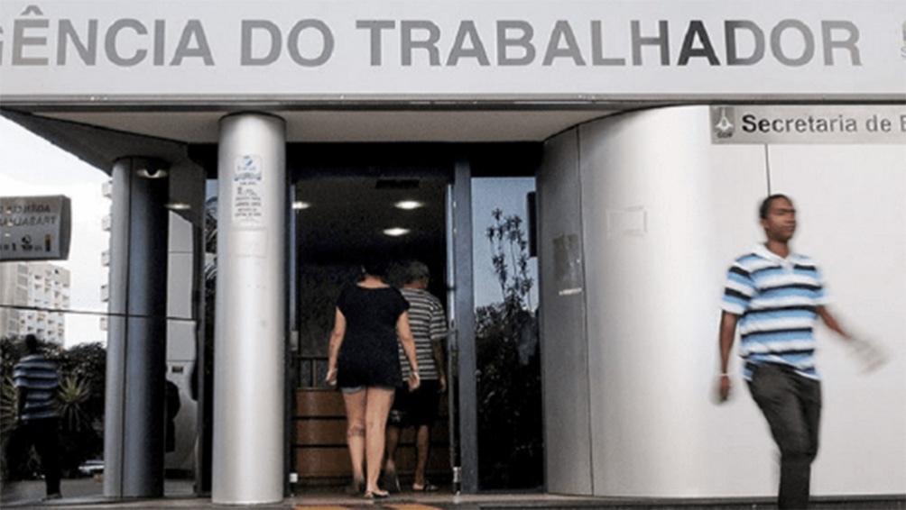 La población con empleo en Brasil se sitúa en un mínimo histórico de 83,9 millones de personas.