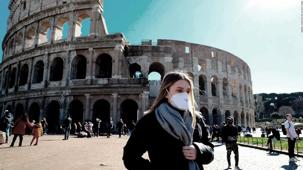 En total fallecieron 35.141 personas en Italia desde el inicio de la pandemia.