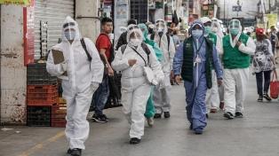 México pasa las 40.000 muertes en medio de enfoques disímiles sobre el coronavirus
