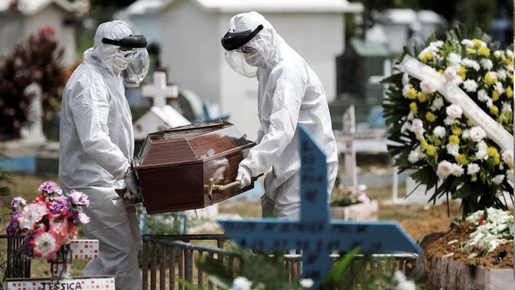 Las muertes por coronavirus en Brasil crecieron un 40% en diciembre