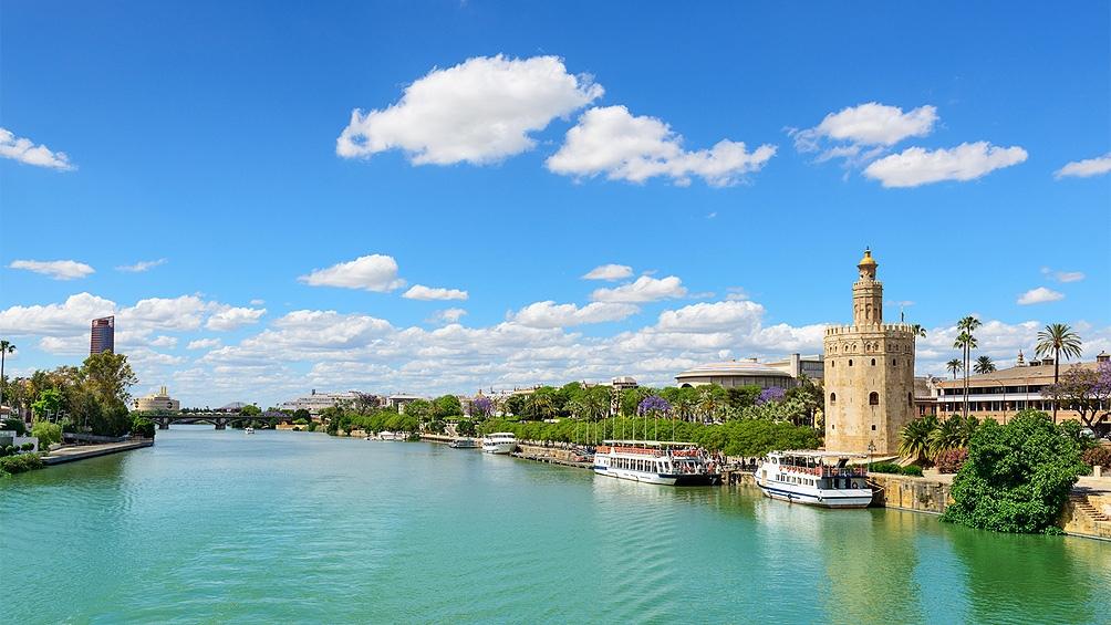 El verano llega a Europa y los viejos socios compiten por la llegada de  turistas - Télam - Agencia Nacional de Noticias
