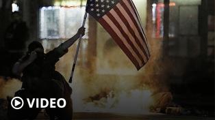 Se extienden los saqueos, incendios y enfrentamientos por el racismo policial