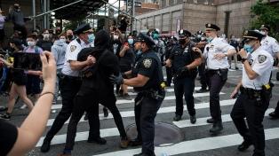 Periodistas denuncian ataques y arrestos arbitrarios en la cobertura de las protestas contra el racismo policial