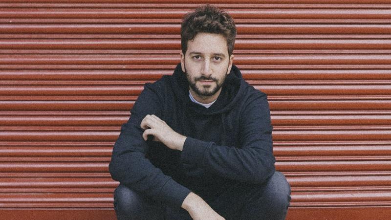 Nico Cotton: el joven detrás de los éxitos de Wos, Jimena Barón y Louta