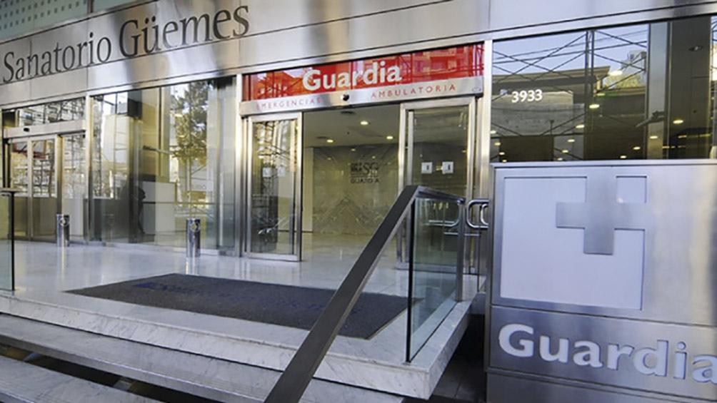 La mujer denuncia abuso sexual por parte del personal del Sanatorio Güemes.