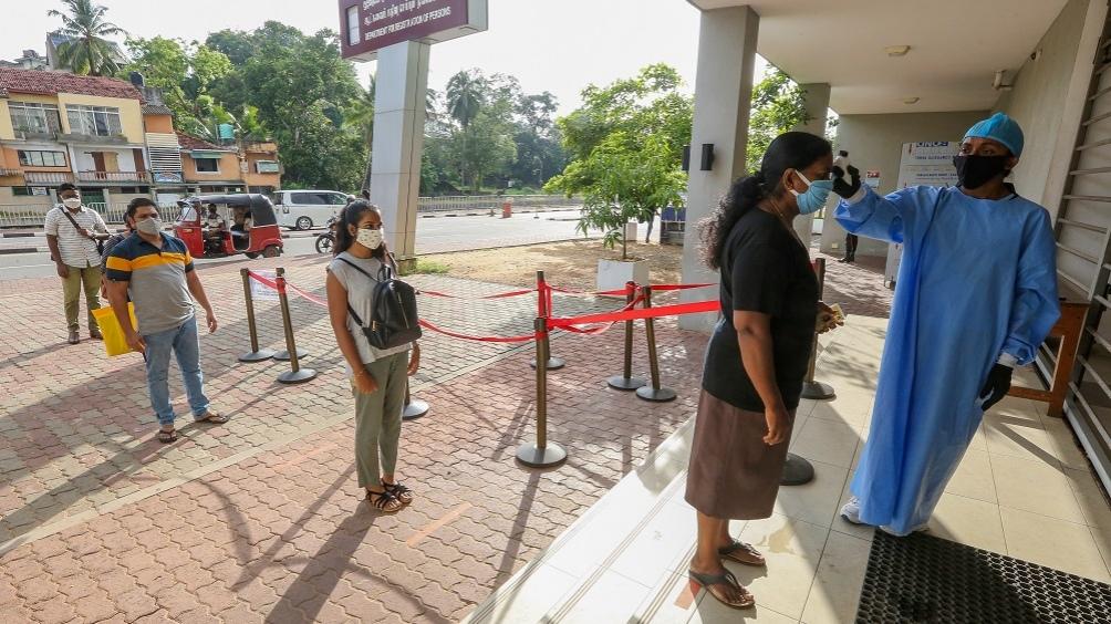 Sri Lanka y otros países asiáticos anunciaron mas restricciones