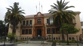 Quintela inició el debate por la reforma constitucional en la provincia
