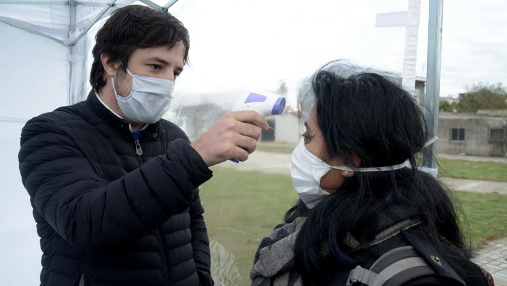 Kreplak aseguró que los contagios bajaron en la provincia pero el número de nuevos casos sigue siendo alto.