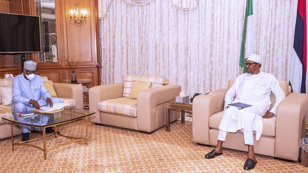 El miércoles pasado la red social eliminó un mensaje del presidente Buhari que amenazaba a los responsables de la violencia actual en el sureste de su país.
