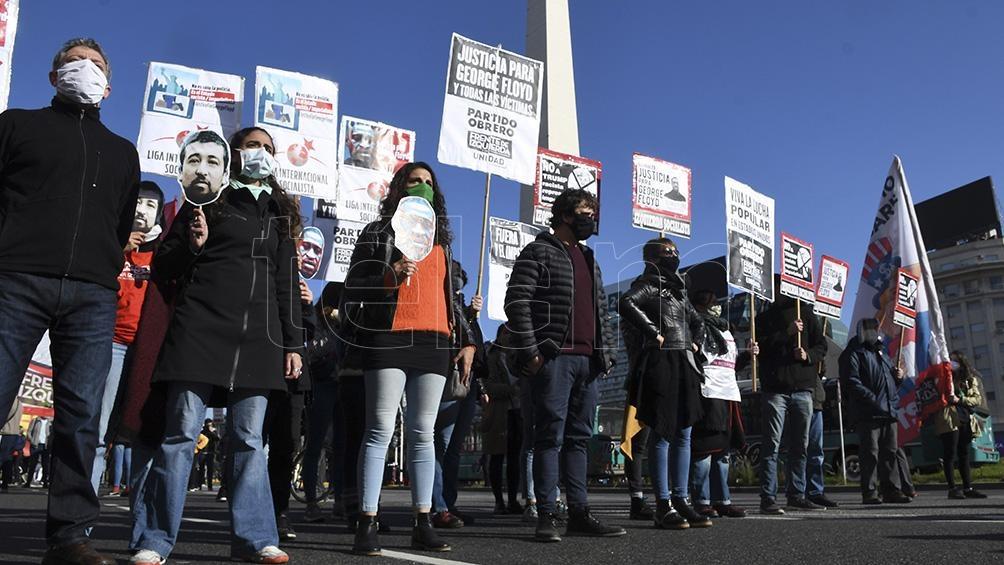 La izquierda marchó en Buenos Aires para apoyar las protestas en Estados Unidos