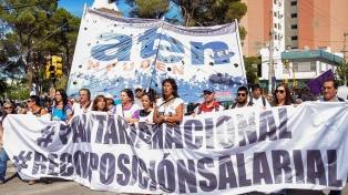 Gremios docentes de Tierra del Fuego y Neuquén realizarán una protesta en formato virtual
