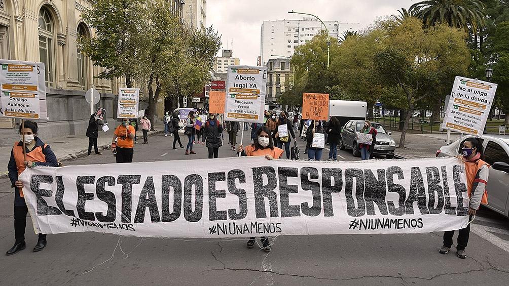 """Movilizaciones con distancia social y activismo en Internet para gritar """"Ni  una menos"""" - Télam - Agencia Nacional de Noticias"""