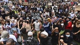 Según un estudio, las protestas por la muerte de Floyd no aumentaron los contagios