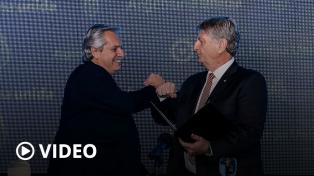 """Fernández aseguró que le economía """"se va a recuperar"""" después de la pandemia"""