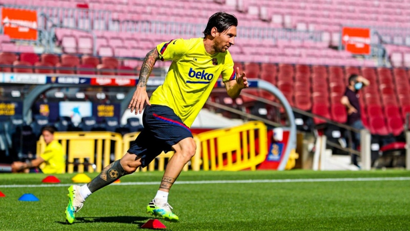 """Messi, en su reencuentro con el Camp Nou: """"Qué ganas de volver a jugar acá"""" - Télam - Agencia Nacional de Noticias"""
