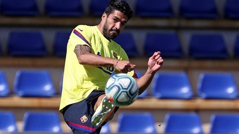 Luis Suárez recibe el alta médica y Barcelona lo utilizará en la recta final de la Liga - Télam - Agencia Nacional de Noticias