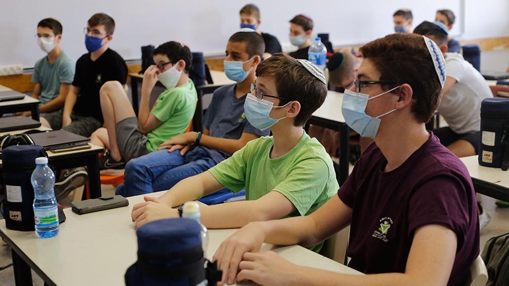 El Gobierno israelí decidió no retrasar el regreso a la escuela de los 2,4 millones de estudiantes previstos para este miércoles.