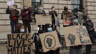 Las estatuas y monumentos, en la mira de los movimientos anti racistas del Reino Unido