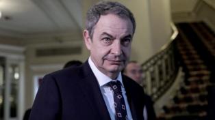 Rodríguez Zapatero puso en duda el respaldo internacional a Juan Guaidó y elogió a Alberto Fernández