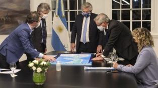 """Fernández: """"Ratificamos el reclamo pacífico por el ejercicio pleno de soberanía"""" en Malvinas"""