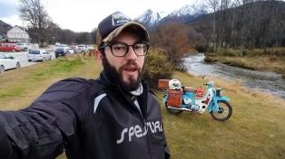 Un youtuber que realiza crónicas de viaje fue denunciado por violar la cuarentena