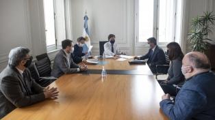 Cafiero, Capitanich y Katopodis firmaron acuerdos para atender la emergencia habitacional