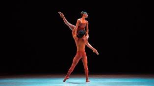 Quince notables bailarines argentinos donarán una función de ballet con fines solidarios