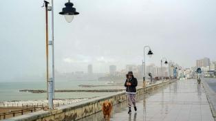 Fuertes vientos provocaron voladura de techos y barrios sin luz en Mar del Plata