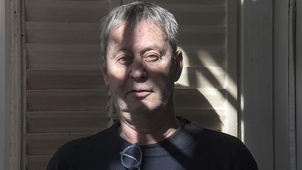 Federico Jeanmaire (1957) es licenciado en Letras, especialista en El Quijote.