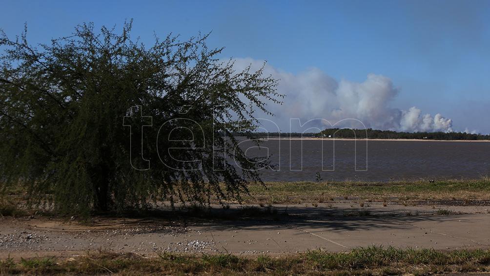 Incendios en las islas y humedales del Paraná