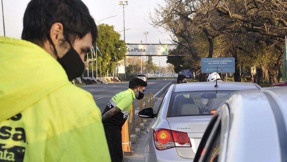Demoras en los accesos a la Ciudad por controles vehiculares y de pasajeros